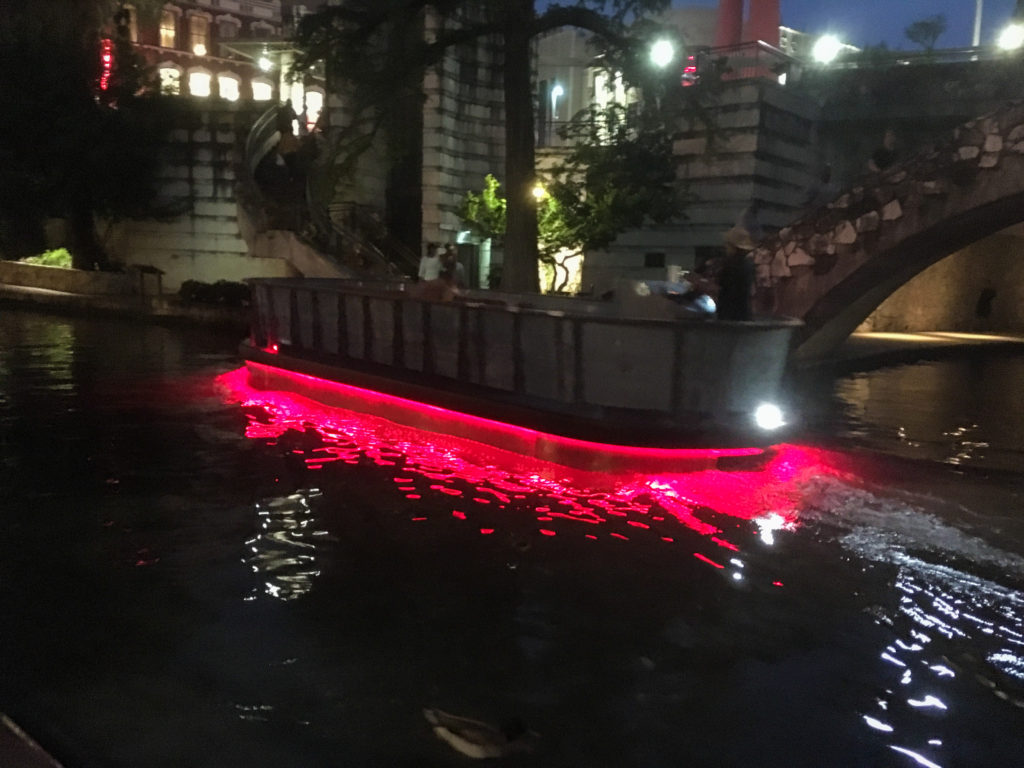 san antonio riverwalk boat