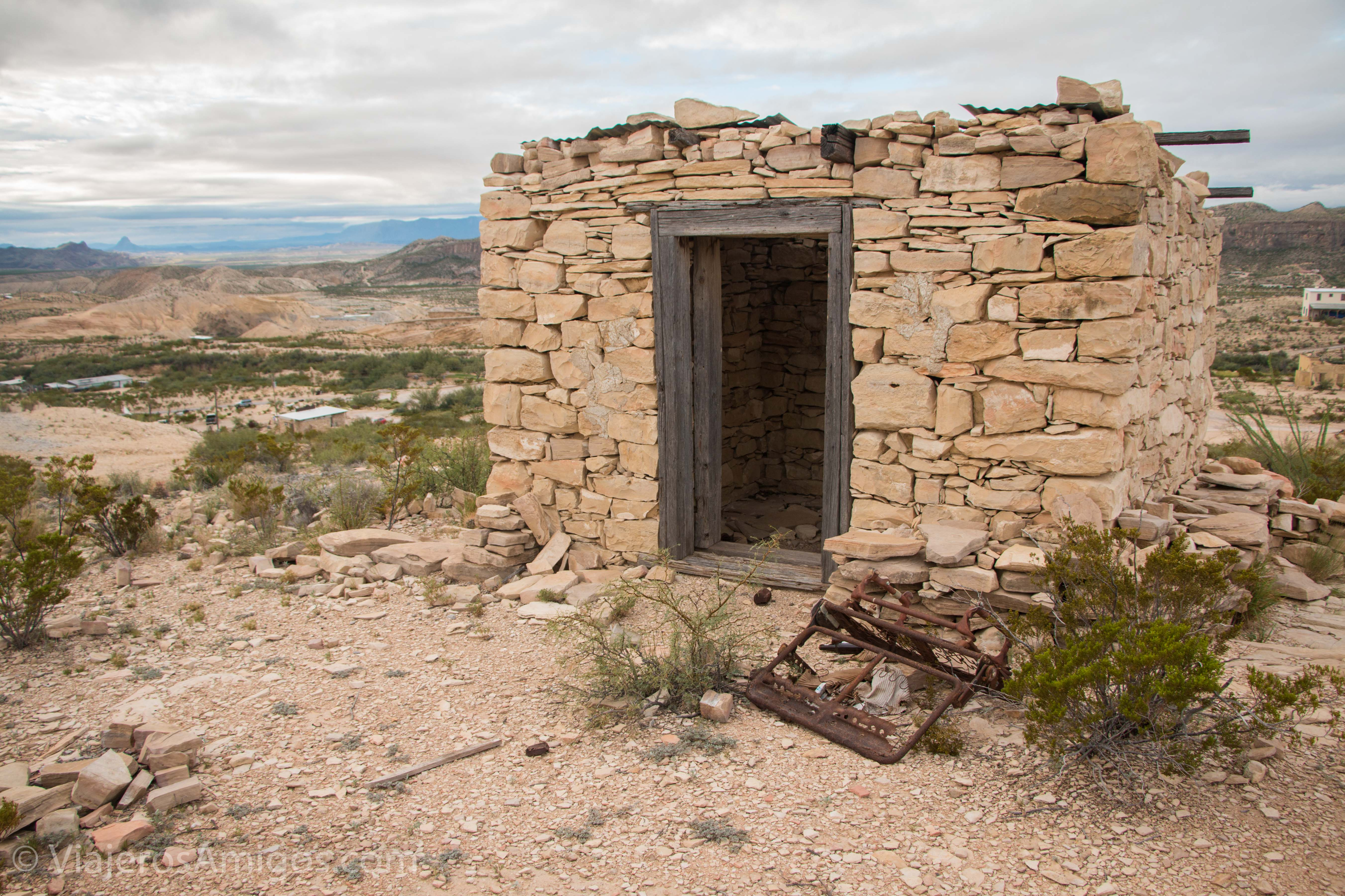 abandoned home in terlingua ghost town