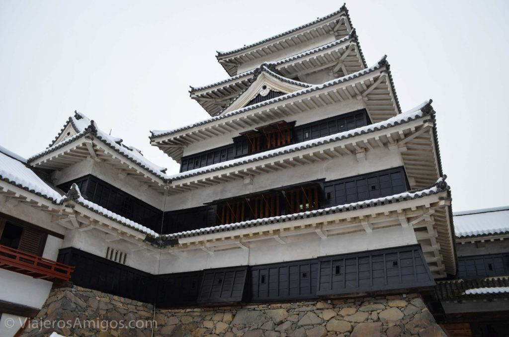 closeup view of matsumoto castle